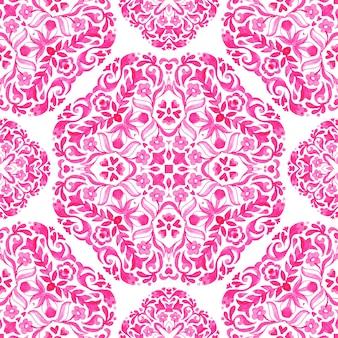 Абстрактные розовые и белые рисованной плитки бесшовные декоративные акварельные краски шаблон.