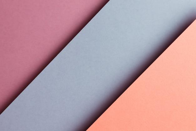 추상 보라색, 회색, 주황색 및 노란색 용지 형상 구성 배경, 최소한의 그림자, 복사 공간. 최소한의 기하학적 모양. 화려한 배경 개념
