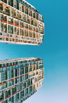 Абстрактное отражение в небе