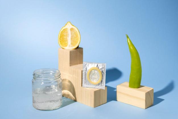 食品と抽象的な性的健康の品揃え