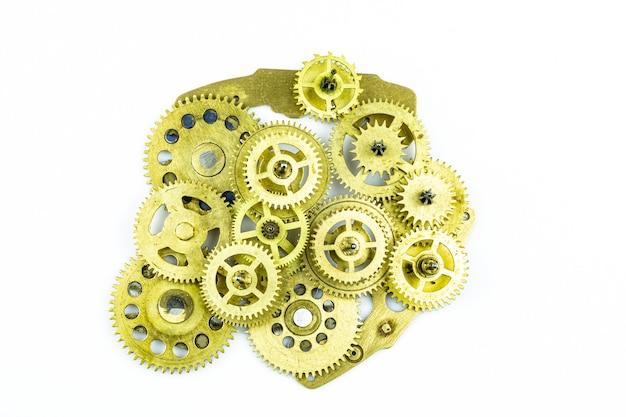 닫기까지 시계 작업의 톱니 바퀴 청동에서 추상 작동하지 않는 기계.