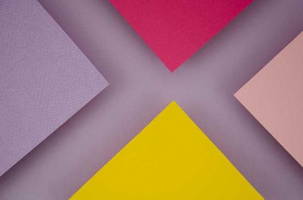 抽象的なx文字ポリゴン紙デザイン