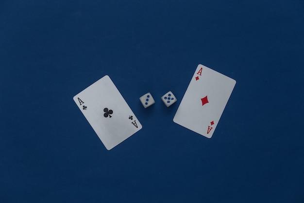 Туз бубна и трефы с кубиками на классическом синем.