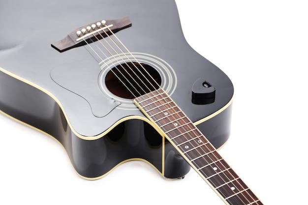 흰색 절연 어쿠스틱 기타