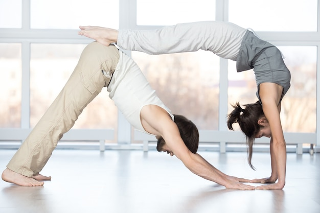 Acroyoga, stretching workout