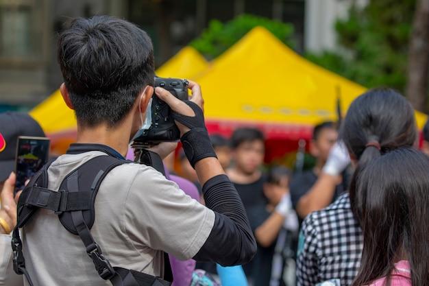 Мероприятия, организованные сообществом, снова наслаждайтесь совместной жизнью, люди фотографии