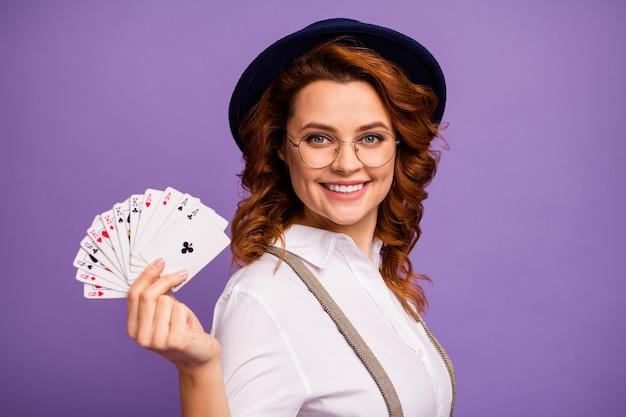 중독 된 플레이어 레이디 카지노 보류 포커 카드 데크 우승자 마술사