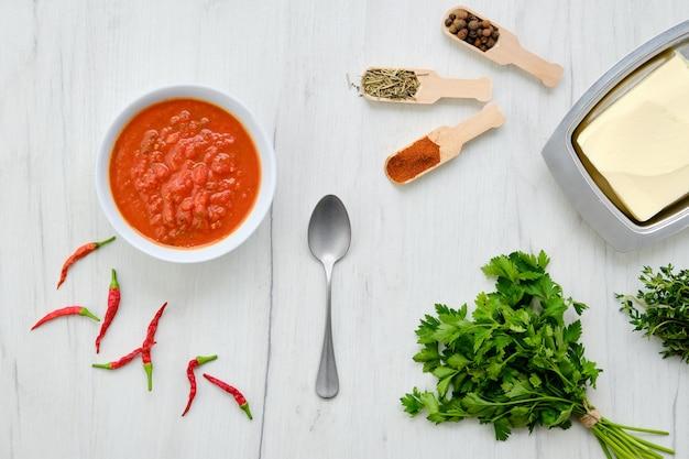 Аджика пряно-ароматная приправа к мясным и рыбным блюдам