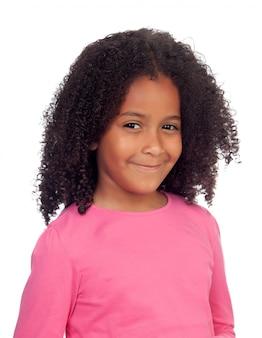 Очаровательная маленькая девочка с афро прической