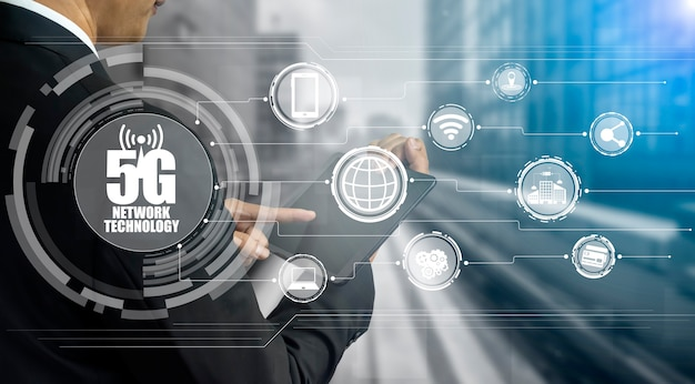 Advanced communication and global internet network connection in smart city