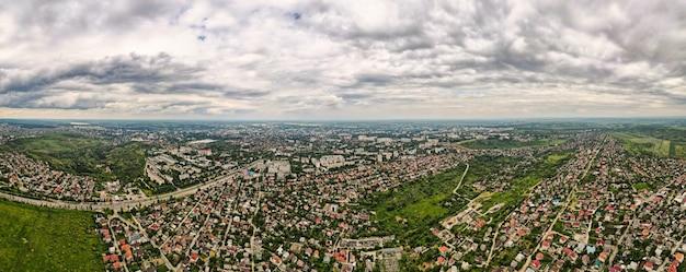 Vista panoramica del drone aereo di chisinau, moldavia