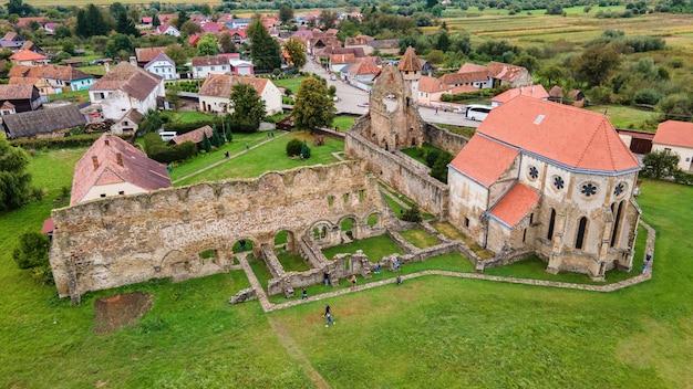 ルーマニアのc?a修道院の空中ドローンビュー