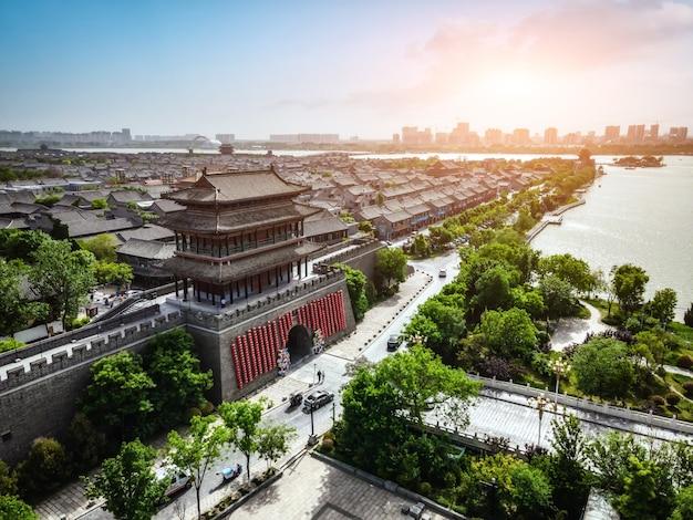Воздушная панорама древнего города дунчан в ляочэн, провинция шаньдун