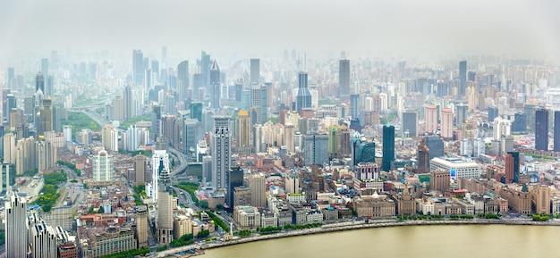 상하이 시내 중심가의 공중 파노라마-중국 프리미엄 사진
