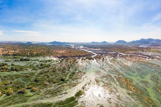 ラオス、リピの滝の空中パノラマ4000島メコン川