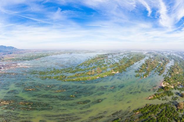 ラオスの空中パノラマ4000島メコン川、李ピ滝