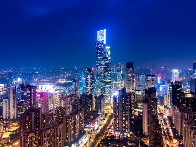 Аэрофотосъемка центрального делового района гуанчжоу архитектурный пейзаж горизонт сумерки