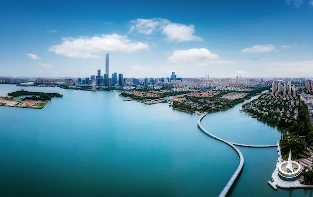 蘇州市の建築風景スカイラインパノラマの航空写真
