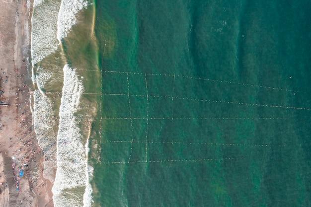 Аэрофотосъемка купания на пляже