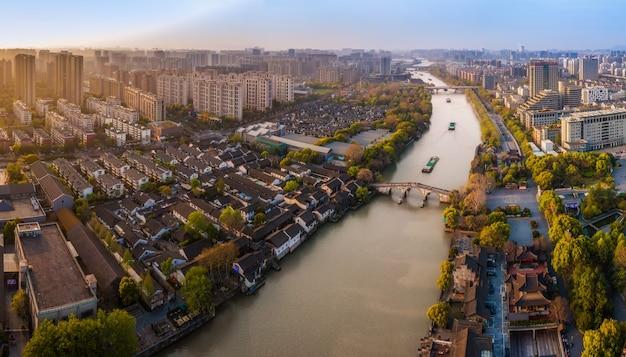 Аэрофотосъемка древних построек моста гунчэнь в ханчжоу
