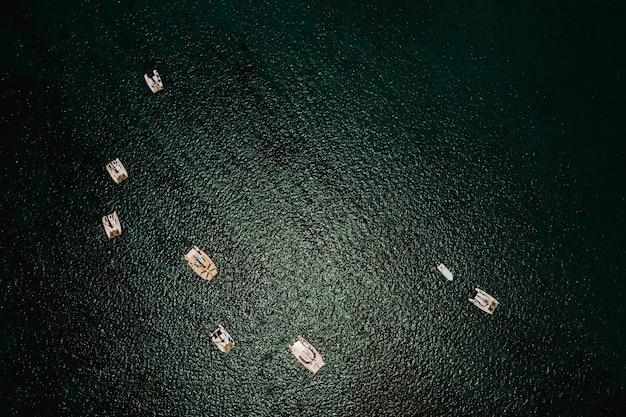 모리셔스 섬 동해안의 항공 사진.