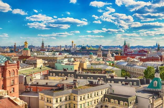 Вид с воздуха в историческом центре москвы, россия.