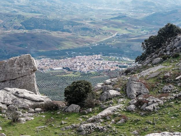 スペインのアンテケラの街の上から空撮