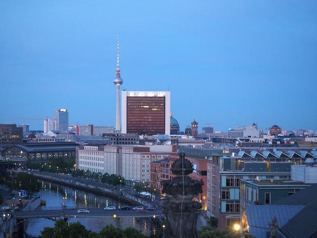 Вид с воздуха на берлин ночью