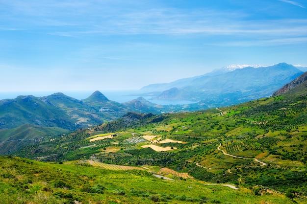 Вид с воздуха на остров крит в греции