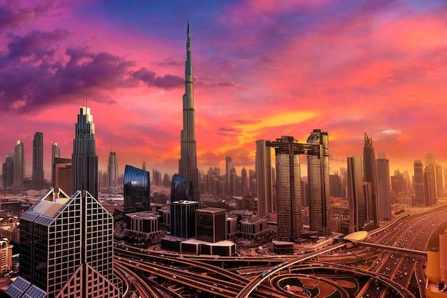 두바이 시내의 항공보기