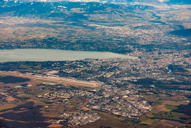 Вид с воздуха на женеву, швейцария