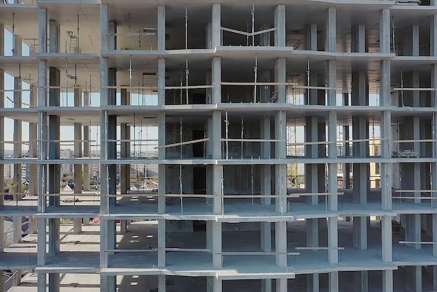Аэрофотоснимок строящегося высокого жилого многоквартирного дома. развитие недвижимости