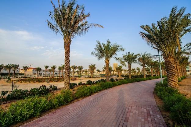 Аэрофотоснимок jumeirah village circle, радиального сообщества в дубае