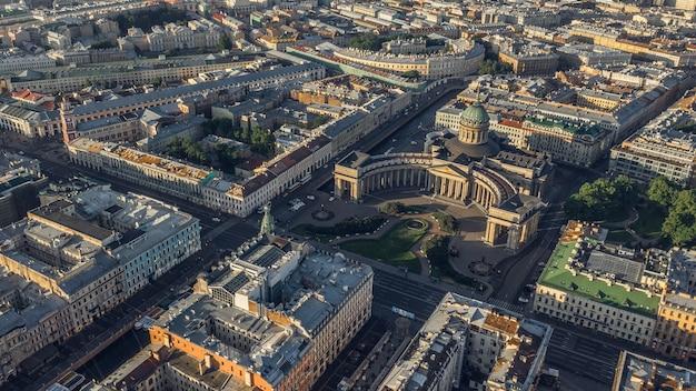 サンクトペテルブルクのカザンスキー大聖堂の航空写真