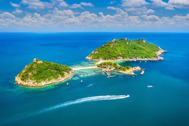 タイ、スラタニのナンユアン島の空撮