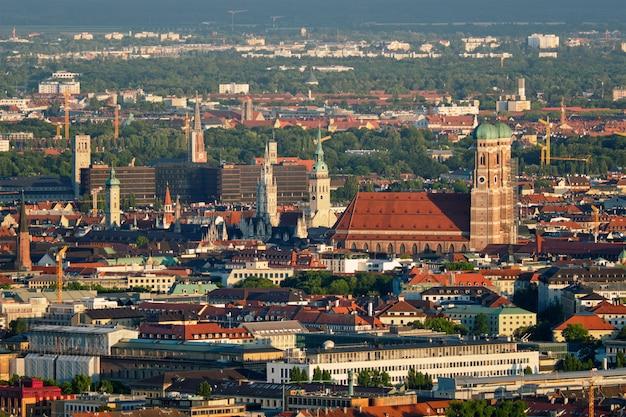 ミュンヘンの空撮。ミュンヘン、バイエルン、ドイツ