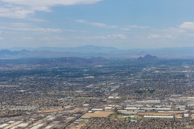 피닉스 애리조나 미국에서 가까운 산맥 피크의 항공 보기