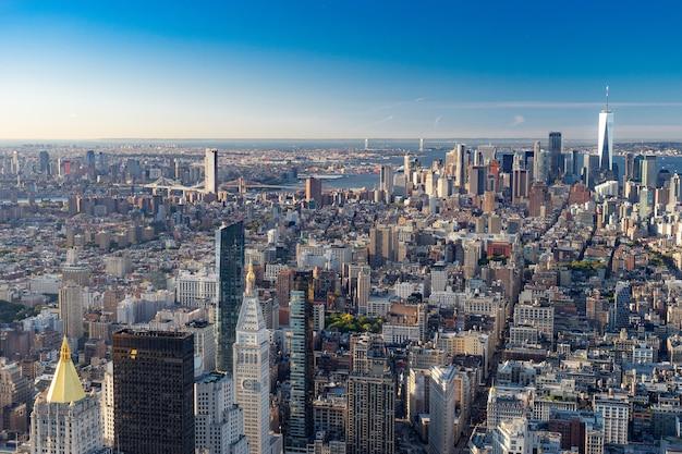 Вид с воздуха на горизонт нью-йорка, манхэттен, нью-йорк