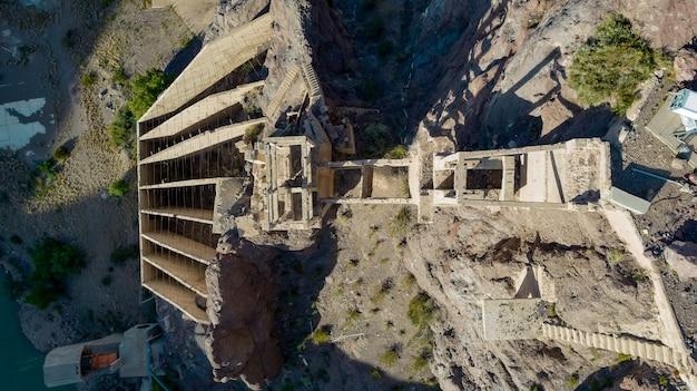 古い廃鉱山の航空写真。 。上面図。