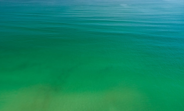 바다 표면 질감 자연 배경의 공중 전망입니다.