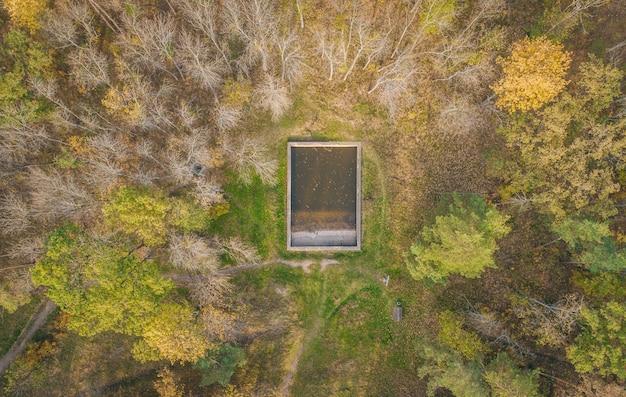 バンカーの領土の航空写真が残っています