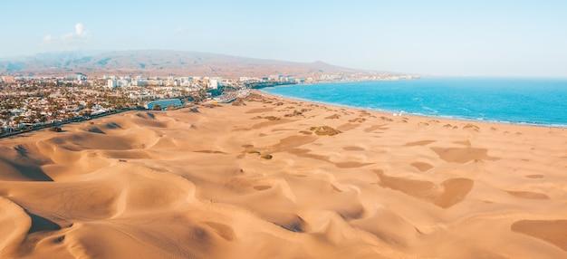 グランカナリア島のマスパロマス砂丘の航空写真