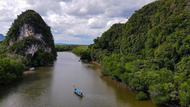 タイ南部の海の空撮