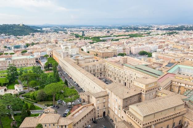 바티칸 시티 로마 이탈리아에서 바티칸 박물관 건물의 공중보기