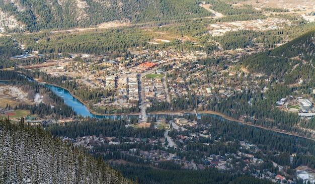 밴프 타운의 조감도. 밴프 국립공원, 캐나다 로키산맥, 캐나다 앨버타주.