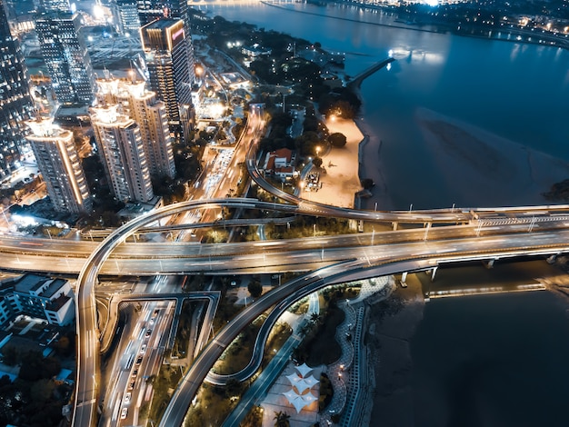 푸 저우, 중국에있는 도시 도로 육교의 항공보기
