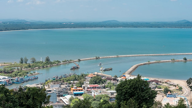 Вид с воздуха пак нам чумпхон, чумпхон таиланд.