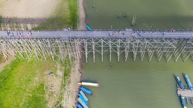 Aerial view of tour boat at sangklaburi in kanchanaburi, thailand