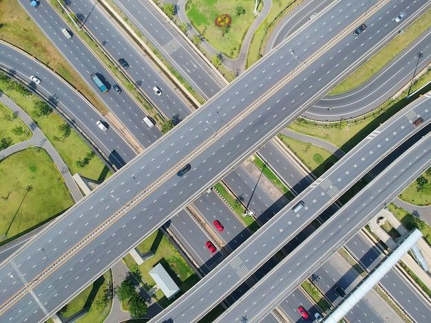 航空写真、道路、黒、アスファルト、車、自然、鳥瞰図