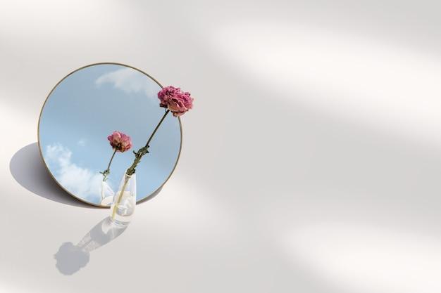 꽃병에 꽃의 미적 배경